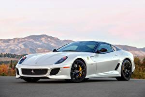 Картинки Ferrari Белый 599 GTO