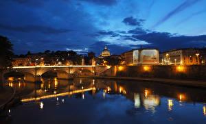 Обои Италия Дома Реки Мосты Рим Ночь Уличные фонари Города фото
