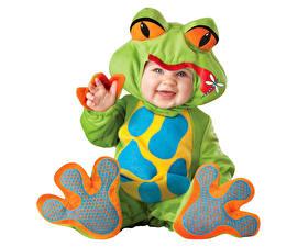 Картинка Лягушки Младенцы Униформа Улыбка Дети