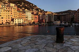 Обои Италия Дома Причалы Лигурия Водный канал Camogli Города
