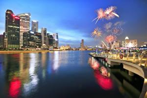 Обои Сингапур Фейерверк Ночь Города