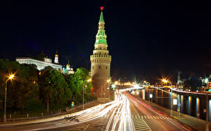 Москва Россия Дороги Ночь Уличные фонари Города