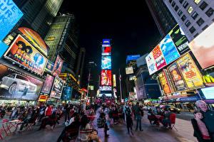 Обои Люди Дома США Улица Ночь Нью-Йорк Манхэттен Городская площадь Times Square Города фото