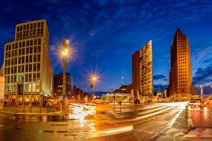 Фото Берлин Германия Здания Улице Ночные Уличные фонари Города