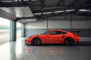 Картинка Порше Оранжевый Сбоку 911 GT3 Автомобили