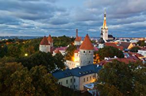 Картинка Эстония Дома Вечер Таллин