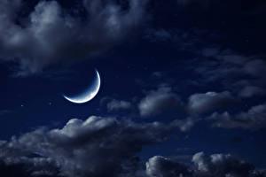 Обои Небо Лунный серп Ночью Облачно Луна Природа