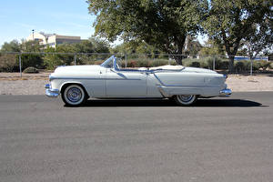 Картинка Ретро Белый Кабриолет Сбоку 1953 Oldsmobile 98 Fiesta Convertible (3067SDX) Машины
