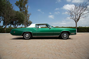 Картинка Cadillac Ретро Зеленый Сбоку 1970 Fleetwood Eldorado (69347H) Автомобили