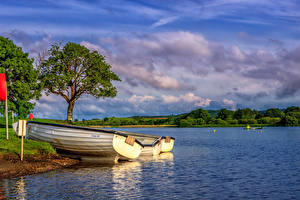 Фотографии Шотландия Парки Озеро Лодки Дерево Облака HDR Loch Ken Holiday Park Природа