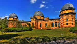 Фотография Германия Здания Потсдам Трава Astrophysikalische Observatorium