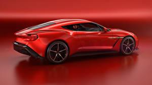 Фото Aston Martin Красный Сбоку Zagato Vanquish Авто