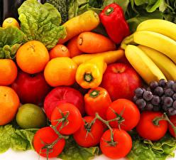 Обои Томаты Морковь Перец Бананы Яблоки Мандарины Фрукты Овощи Еда