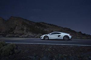 Фотография Макларен Сбоку Белый 570GT Автомобили