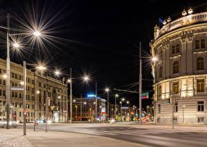 Картинки Австрия Дома Вена Улица Ночь Уличные фонари