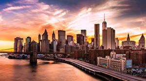 Картинки Дома Небоскребы Вечер Берег Штаты Нью-Йорк Манхэттен Brooklyn Bridge Города