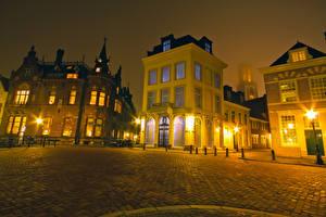 Картинки Голландия Дома Утрехт Ночью Уличные фонари Улица Города
