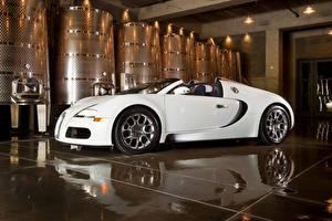 Обои BUGATTI Белый Металлик Роскошные Родстер 2008-12 Veyron Grand Sport Roadster