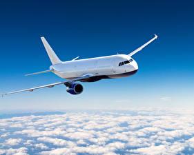Фотографии Самолеты Пассажирские Самолеты Небо Облака Авиация