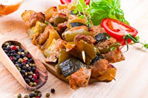 Картинки Мясные продукты Шашлык Овощи Пряности Перец чёрный