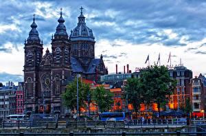 Фотография Амстердам Нидерланды Дома Храмы Вечер Города