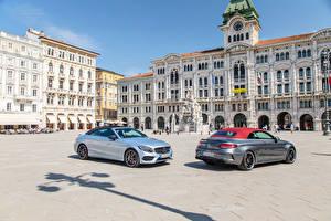 Обои Mercedes-Benz Дома Двое Улице 2016 C-Klasse Cabriolet авто Города