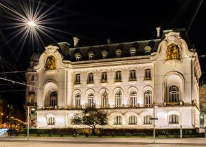 Фотография Австрия Дома Вена Ночь Уличные фонари Лучи света Улица