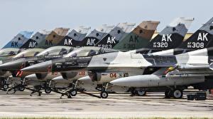 Фотография Самолеты F-16 Fighting Falcon
