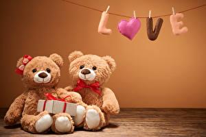 Картинка Игрушки Мишки Вдвоем Подарки Сердечко