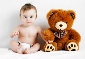 Обои Игрушки Мишки Младенцы Взгляд Дети фото