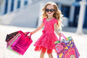 Фотографии Девочки Русые Очки Платье Дети