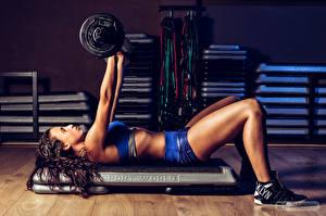 Фотографии Фитнес Гантели Ноги Физические упражнения Спорт Девушки
