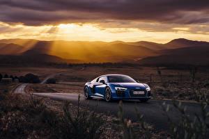 Обои Дороги Audi Синий Лучи света R8 машина