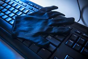 Картинка Клавиатура Перчатки Компьютеры