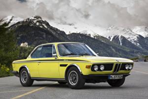Фотография БМВ Старинные Гора Желтая 1971-73 3.0 CSL Worldwide (E9) Автомобили
