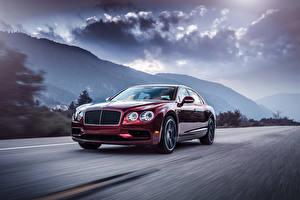 Фотография Bentley Дороги Бордовый Металлик Дорогие Облачно Движение 2016 Flying Spur V8 S Автомобили