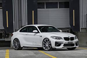 Картинка BMW Белая dAHLer M2 F87 Coupe машина