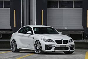 Фото BMW Белая dAHLer M2 F87 Coupe авто