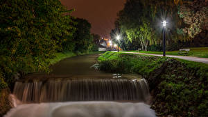 Фотография Хорватия Реки Водопады Загреб Ночь Уличные фонари Деревья Samobor