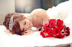 Фотографии Азиаты Розы Шатенка Свадьба Невеста Девушки
