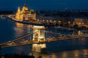 Обои Будапешт Венгрия Здания Реки Мосты Ночные город