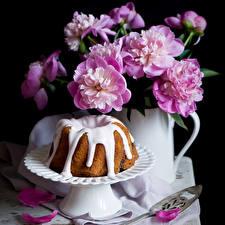 Картинки Натюрморт Пионы Выпечка Розовый Цветы