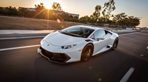 Фото Lamborghini Белый Скорость huracan Автомобили