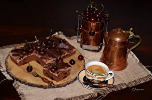 Фотография Сладости Торты Черешня Шоколад Кофе Чайник Чашке Еда