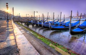 Фото Италия Рассветы и закаты Лодки Венеция Уличные фонари San Giorgio Maggiore