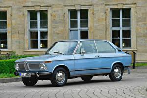 Фотография BMW Старинные Голубая Металлик 1971-73 1802 Touring Автомобили