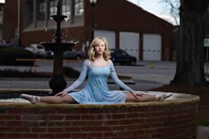 Фотография Балет Шпагат Платье Блондинка Девушки