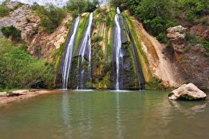 Картинки Водопады Камни Мох