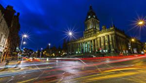 Фото Великобритания Дома Дворца Улице Ночью Уличные фонари Leeds Town Hall город