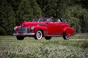 Обои Cadillac Ретро Красный Металлик Кабриолет 1941 Sixty-Two Convertible Sedan Deluxe Автомобили фото